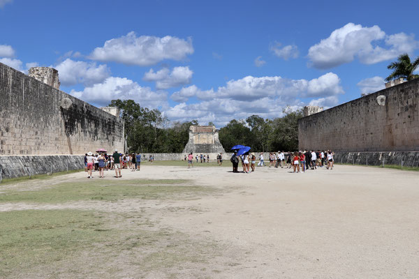 Here you see the great ball court where they played the Mesoamerican ballgame..