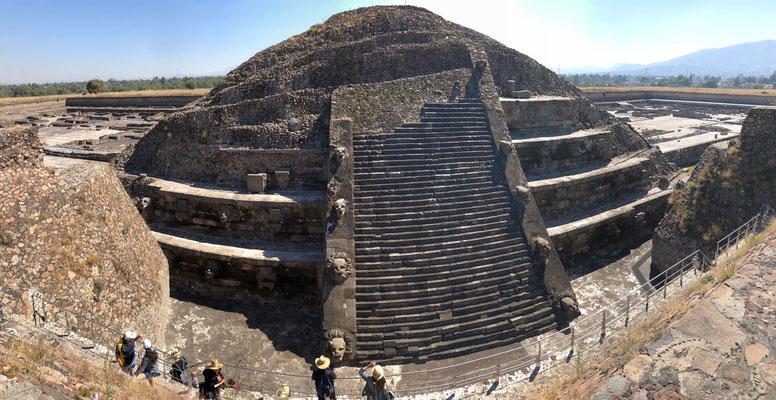 Pyramid behind the Ciudadela was in really good shape