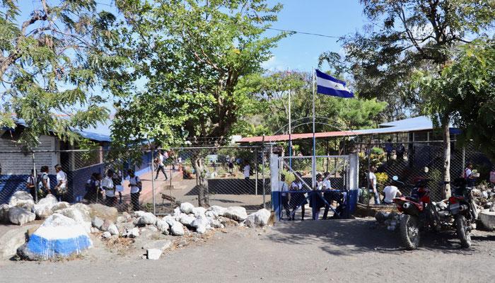 Ometepe has 3o'ooo inhabitants - here their local School