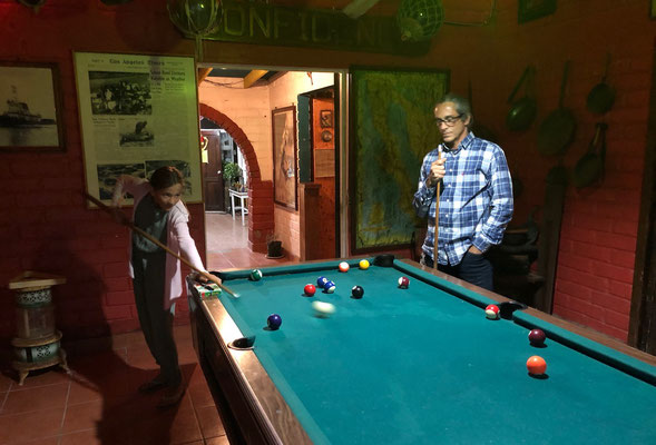 Lynn's first go at pool was a success and great fun too!!