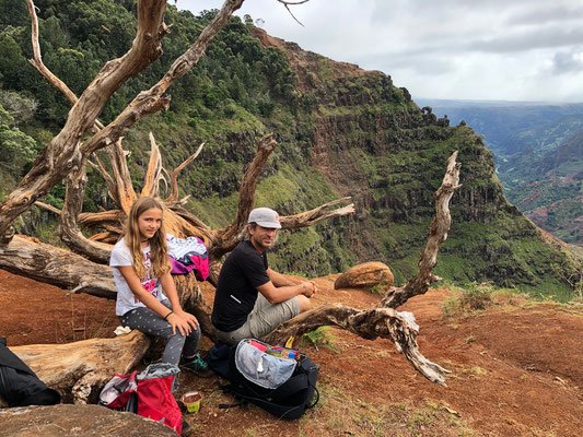 Stopped for lunch at the end of the Waipo'o Trail