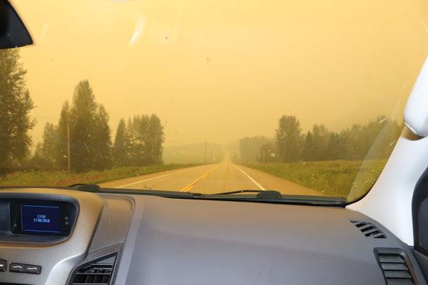 eintauchen in den Smog auf dem Weg Richtung Prince George