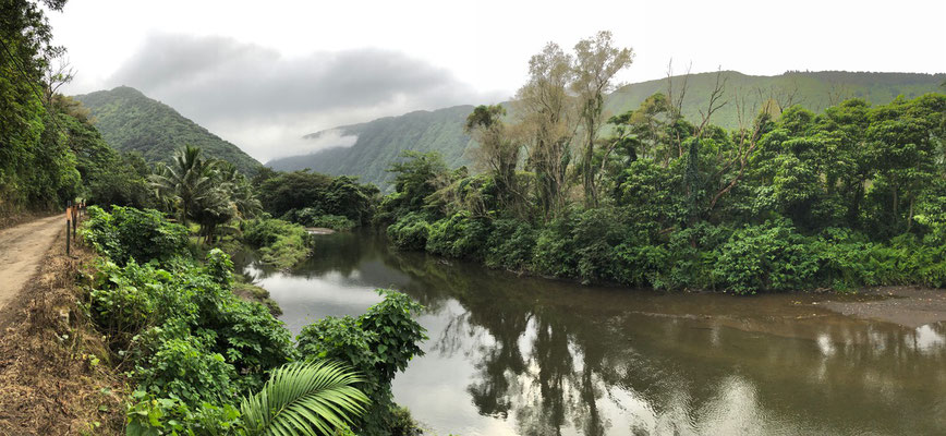 Waipi'o Valley river