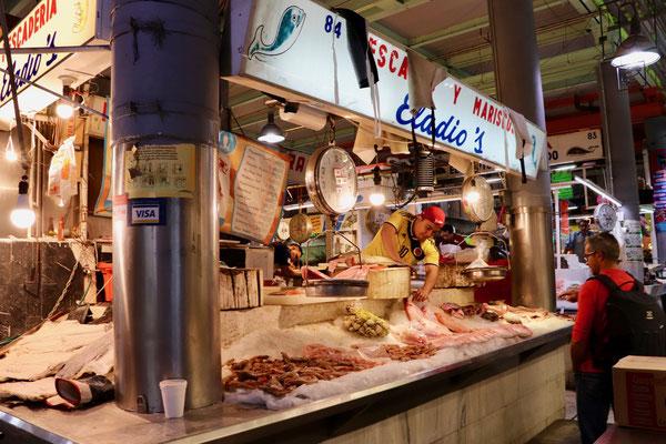 In Mercado de San Juan we found a lot of well prepared market stands..