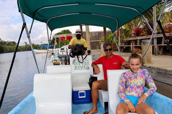 Our guide took us to an island called South Water Caye about a 25 minute boat ride from Hopkins