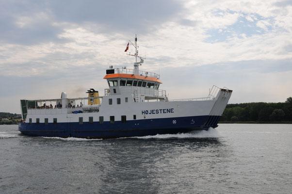 Eine der unzähligen Fähren in Dänemark