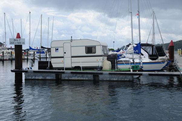 Wohnwagen zur See für Arme