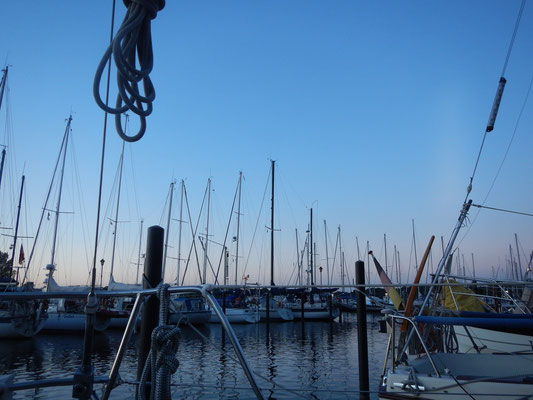 Hafen der Regattavereinigung Rendsburg - RVR - abends