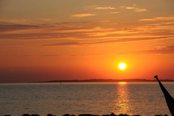 Sonnenuntergang auf Avernakø