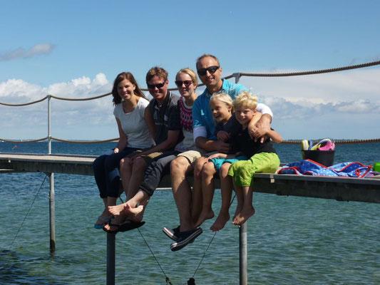 Die Familie, die sich erstmalig im Urlaub getroffen hat...