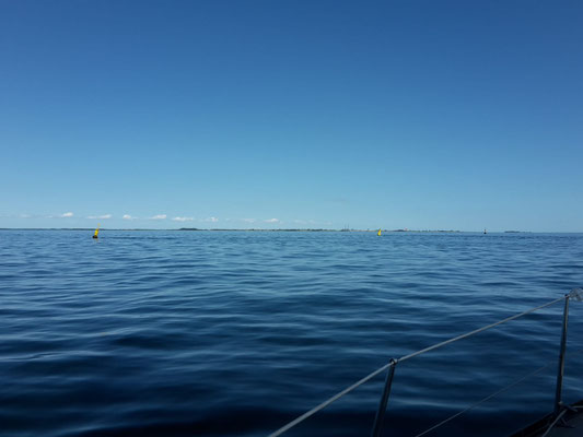 Wochenend und Sonnenschein im Smålandsfahrwasser