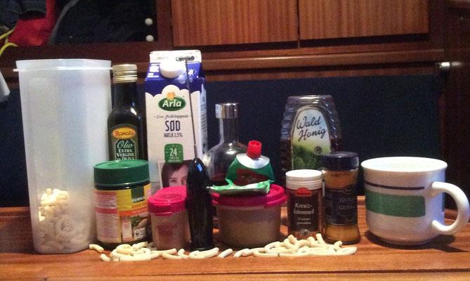 Die zwölf Zutaten und der Mixer