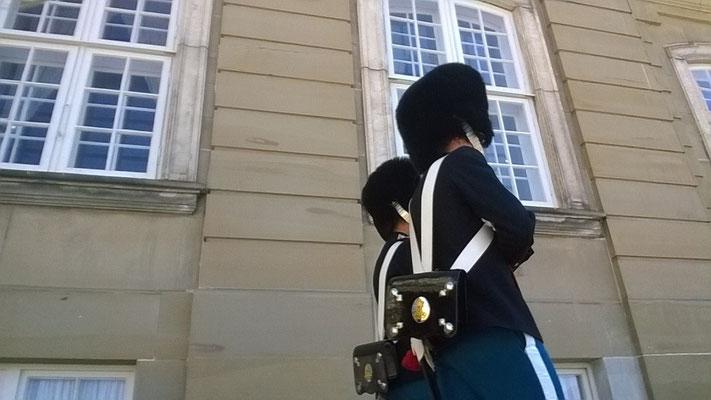 Wachwechsel im Schloss Amalienborg- Foto: Chiara