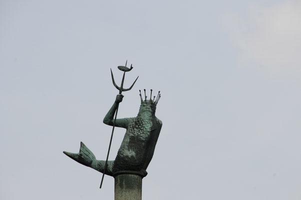 Neptun- Skulptur beim Lotsenverein in Rendsburg