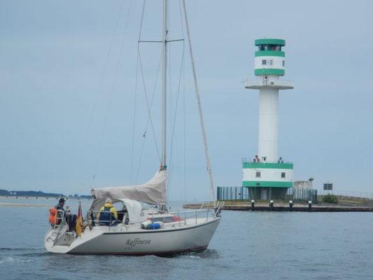 Raffinesse und Leuchtturm Friedrichsort