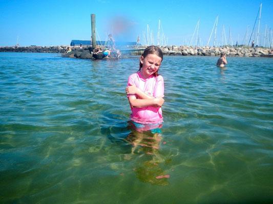 Beim Baden noch ganz schön kalt, das Wasser