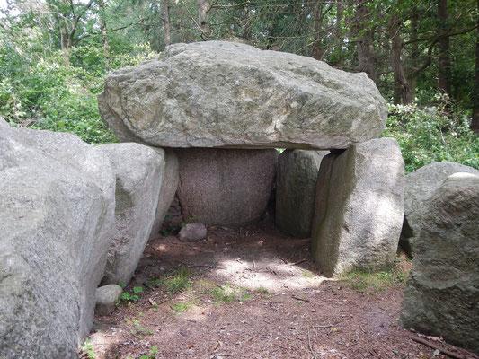 Steinzeitliche Grabstätte in Missunde