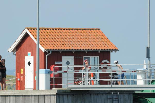 Wartehäuschen für die Fähre auf Avernakø