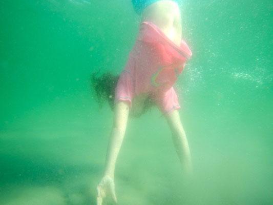 Unterwasserhandstand