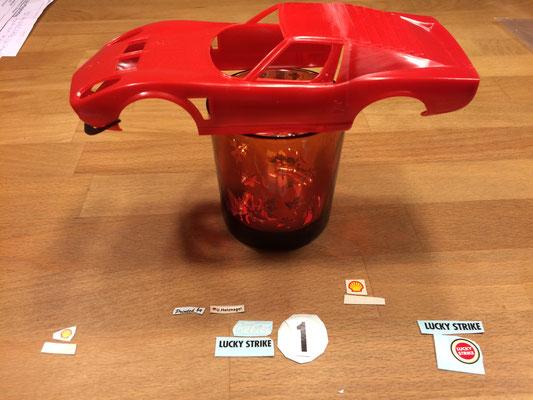 Lamborghini Jota in 1:24 - Auswahl des passenden Designs vor dem Lackieren.