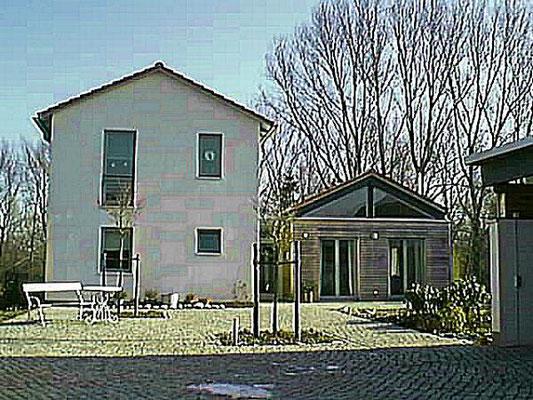 Neubrück Verkauf eines außergewönlichen 1-Familienhauses