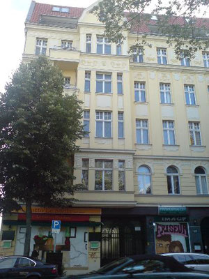 """Berlin, Kreuzberg Vermietung einer """"Loft-Wohnung"""" an der Spree"""