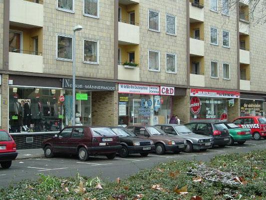 BS-Innenstadt, Nähe Hagenmarkt Vermietung von Ladenlokalen in kleiner Ladenzeile