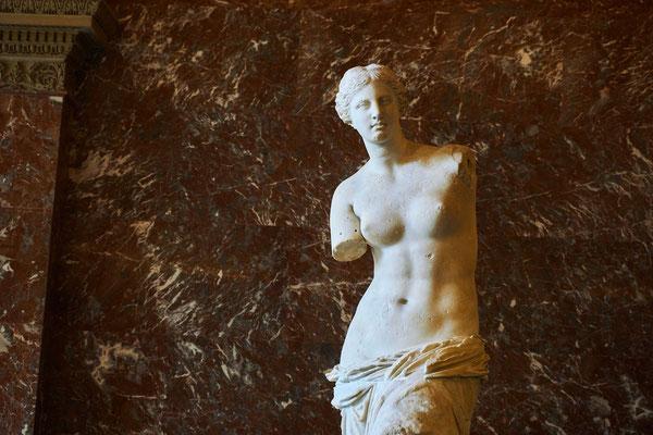 Louvre museum guided tour Venus de Milo