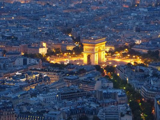 Night tour in Paris Arc de Triomphe