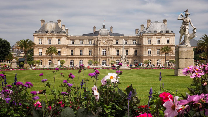 Guided tour Latin district Luxembourg gardens
