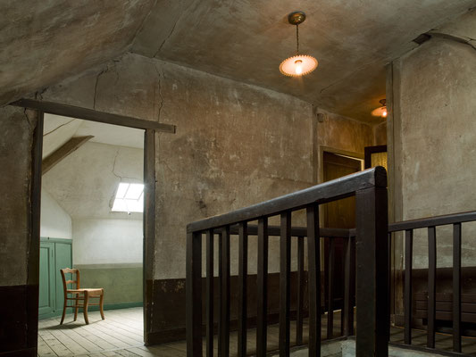 Guided tour to Auvers sur Oise Van Gogh's bedroom