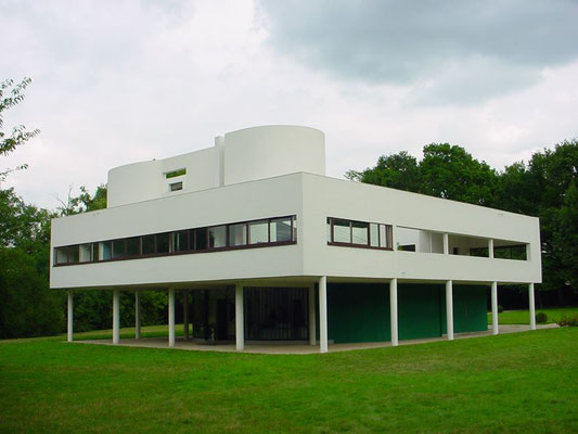 Visit villa Savoye from Paris Corbu