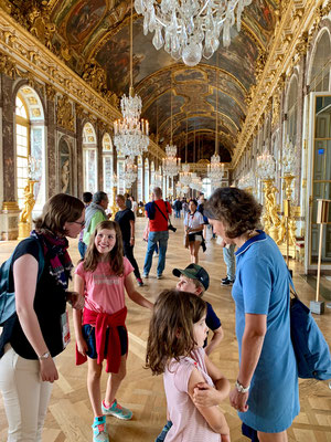 family tour guide Paris