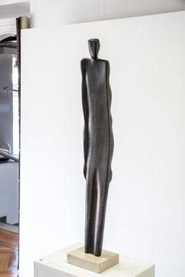 Figura in rovere annerita, h = 76 cm