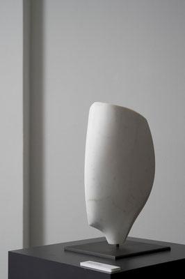 """Testa Storta"" - Bianco P Carrara, h = 37 cm"