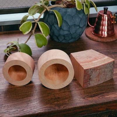 けがきの印にくり抜いた木材・この状態から2か月間の乾燥をします。