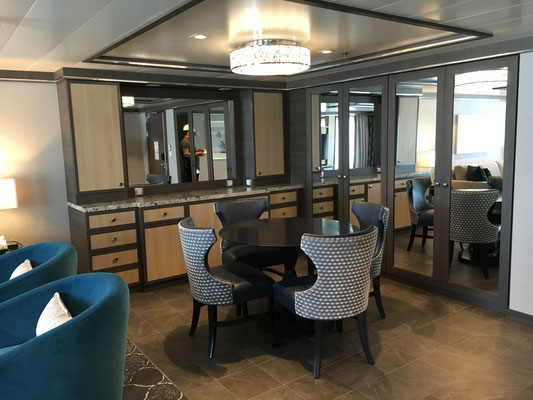 Harmony of the Seas A-Suite Dining