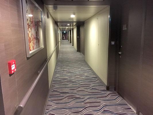 DK 17 Loft Suite Corridor