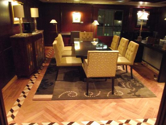 Celebrity Suite Dining area