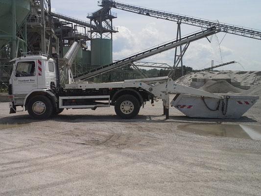Unser Container Fahrzeug
