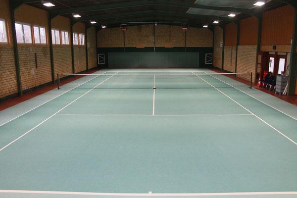 Tennishalle Wankendorf können Sie für eine Saison mieten