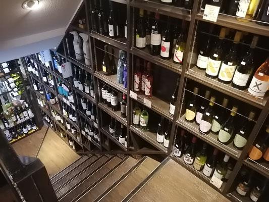 店内2F階段2