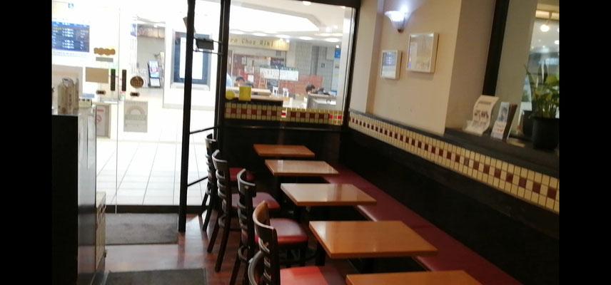 喫茶店B店内1