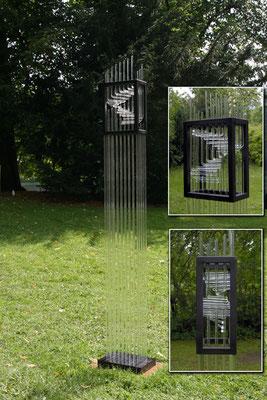 """""""Lichtraum6/07"""", 2007, Duranglas, Stahl 170x24x12cm"""