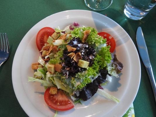 Salatteller zur Vorspeise