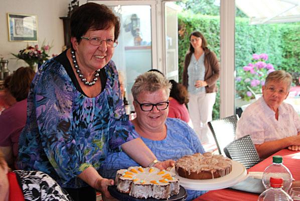 Einstand von Margrith mit selbst gebackenem Kuchen, Danke.
