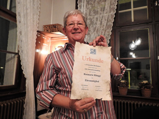 Rosmarie wird Ehrenmitglied