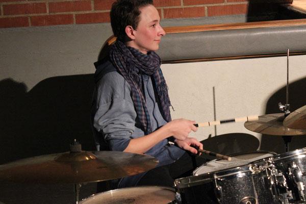 Jerôme unser junger Schlagzeuger