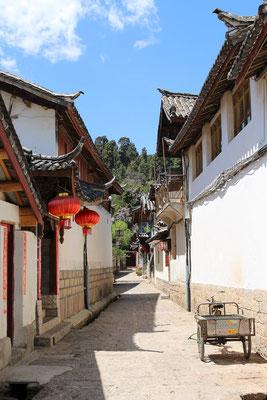 Enge Gassen in der Altstadt von LIJIANG 丽江.
