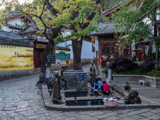 Waschplätze als Zentren der Kommunikation in der Altstadt von LIJIANG 丽江.